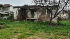Τρίκαλα: Το σπίτι του βουλευτή έγινε δωρεά αλλά… καταρρέει