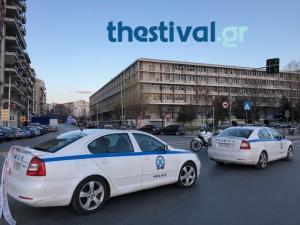 Συναγερμός από προειδοποίηση για βαν παγιδευμένο με εκρηκτικά στα δικαστήρια της Θεσσαλονίκης!