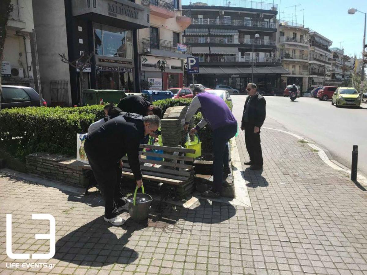 Θεσσαλονίκη ΕΥΑΘ: Νερό ούτε σήμερα – Νέα ανακοίνωση για διακοπές – Απελπισμένοι κάτοικοι ψάχνουν εμφιαλωμένα [pics, vids]