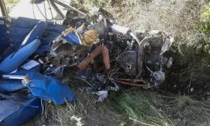 Φωκίδα: Δύο νεκροί από την πτώση του μονοκινητήριου αεροσκάφους – Αυτοψία στο σημείο της συντριβής – Νέες εικόνες [pics, vids]
