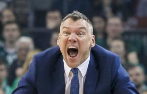 """Ζαλγκίρις – Ολυμπιακός: """"Λύγισε"""" ο Γιασικεβίτσιους! Τα δάκρυα πριν το φινάλε [vid]"""