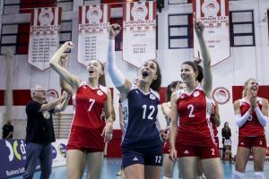 """Ολυμπιακός: Ιστορικό τριπλ κράουν για τα """"ερυθρόλευκα"""" κορίτσια! Πήραν και το πρωτάθλημα"""