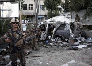 Διπλή επίθεση από καμικάζι αυτοκτονίας στην Καμπούλ – Τέσσερις νεκροί