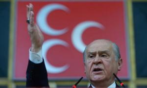 Λαγός ο Μπαχτσελί! Ζήτησε πρόωρες εκλογές στην Τουρκία
