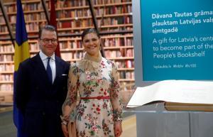 Φωτογράφος χούφτωσε την πριγκίπισσα Βικτώρια της Σουηδίας