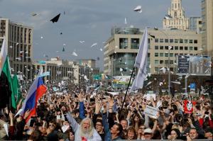 """Χαμός στην Ρωσία για το """"λουκέτο"""" στο Telegram! Χιλιάδες διαδηλωτές στους δρόμους [vids, pics]"""