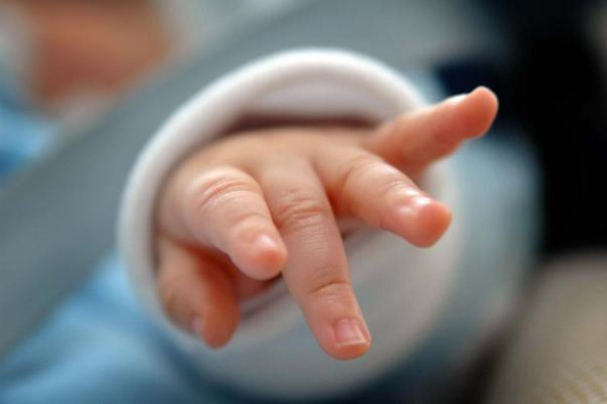 Ηράκλειο: Θρήνος για μωράκι που πέθανε από λευχαιμία – Η τυχαία διάγνωση