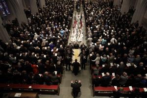 ΗΠΑ: Πλήθος κόσμου στην κηδεία της Μπάρμπαρα Μπους [pics]