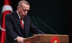 """Ερντογάν σε… απόγνωση – """"Αδέρφια μου βγάλτε τα δολάρια απ'το μαξιλάρι σας και κάντε τα λίρες"""""""