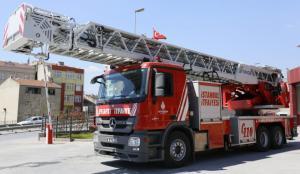 Πυρκαγιά σε ξενοδοχείο στην Κωνσταντινούπολη – Διασώθηκαν τέσσερις άνθρωποι