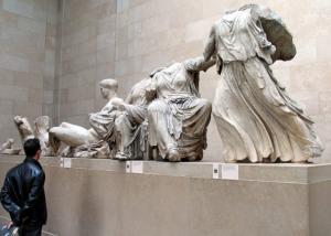 Financial Times: Τα γλυπτά του Παρθενώνα ανήκουν στην Αθήνα!