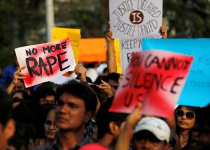 Στην δικαιοσύνη τα κτήνη που βίασαν και δολοφόνησαν 8χρονη – Απείλησαν να βιάσουν και την δικηγόρο!