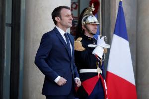 """Γαλλία: Ψηφίστηκε ο νόμος περί ασύλου και μετανάστευσης μετά από μια """"εκρηκτική"""" συνεδρίαση"""