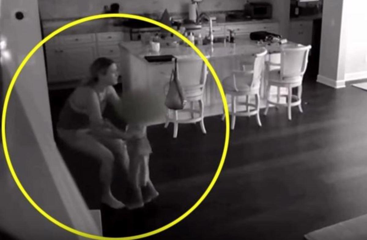 Νταντά άκουσε θόρυβο στην κουζίνα – Κάμερα στο σπίτι αποκάλυψε την εφιαλτική αλήθεια
