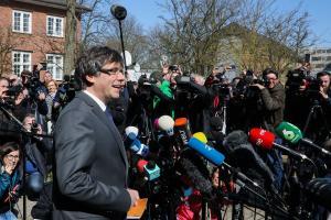 Γερμανία: Πλήρωσε και αποφυλακίστηκε ο Πουτζδεμόν [pics]