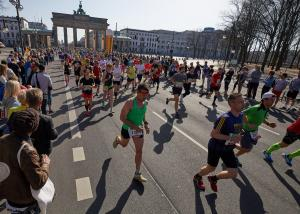 """Γερμανία: """"Συναγερμός"""" για επίθεση με μαχαίρι στον ημιμαραθώνιο του Βερολίνου"""