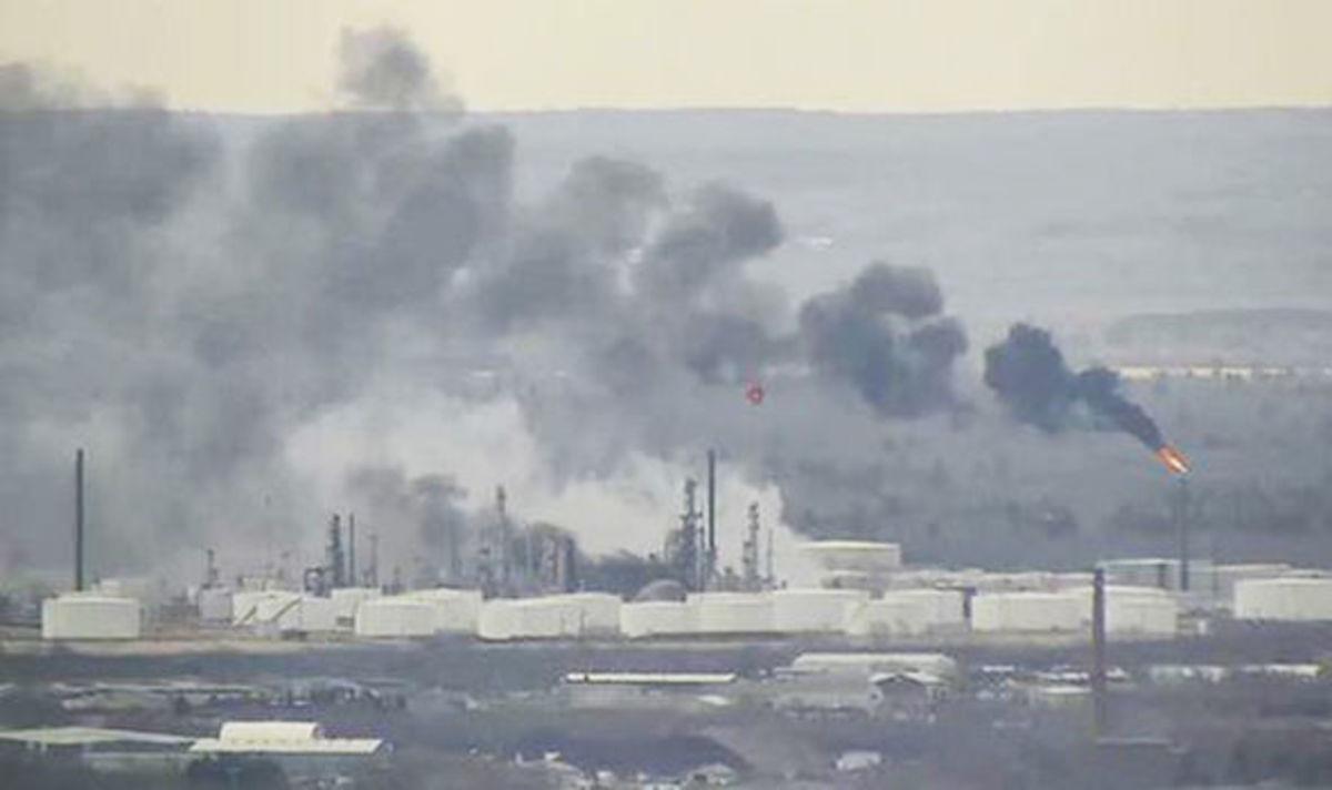 Έκρηξη σε διυλιστήριο πετρελαίου στο Ουισκόνσιν – Δεκάδες τραυματίες [pics]
