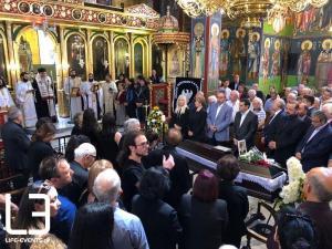 Η κηδεία του Χάρρυ Κλυνν – Συγκίνηση για τον Βασίλη Τριανταφυλλίδη – Σπαραγμός από τους δικούς του ανθρώπους [pics, vids]