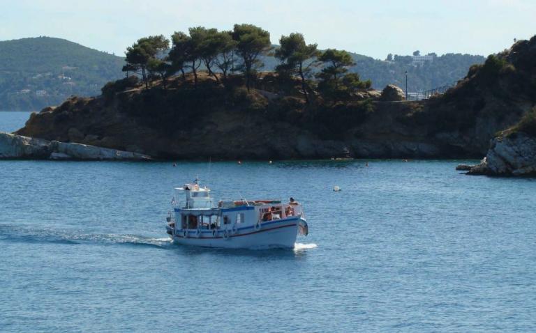 """Σκιάθος: Θα βουλιάξει από τουρίστες – Οι φανατικοί """"πελάτες"""" και τα στοιχεία για τον τουρισμό!"""