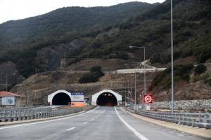 Θεσσαλονίκη: 'Ανοιξαν τα δύο ρεύματα της Εγνατίας Οδού που είχαν κλείσει πρόσφυγες