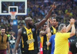 "Basketball Champions League: Το μήνυμα του Τζέιμς στους φίλους της ΑΕΚ! ""Πιστέψτε το"""