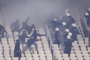 Η τιμωρία της ΑΕΚ και του ΠΑΟΚ για τα επεισόδια στον τελικό του Κυπέλλου!