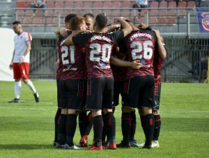 Football League: Υποβιβάστηκε ο Πανσερραϊκός – Τριάρα για τον Άρη στη Σπάρτη
