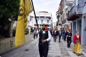 Ναύπλιο: Έτσι τίμησαν τα θύματα της Γενοκτονίας των Ποντίων – Συγκίνηση στην παλιά πόλη [pics]
