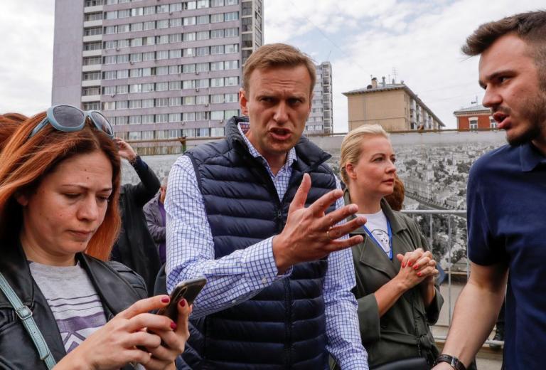 Συνέλαβαν υποστηρικτές του Ναβάλνι ενόψει της ορκωμοσίας του Πούτιν