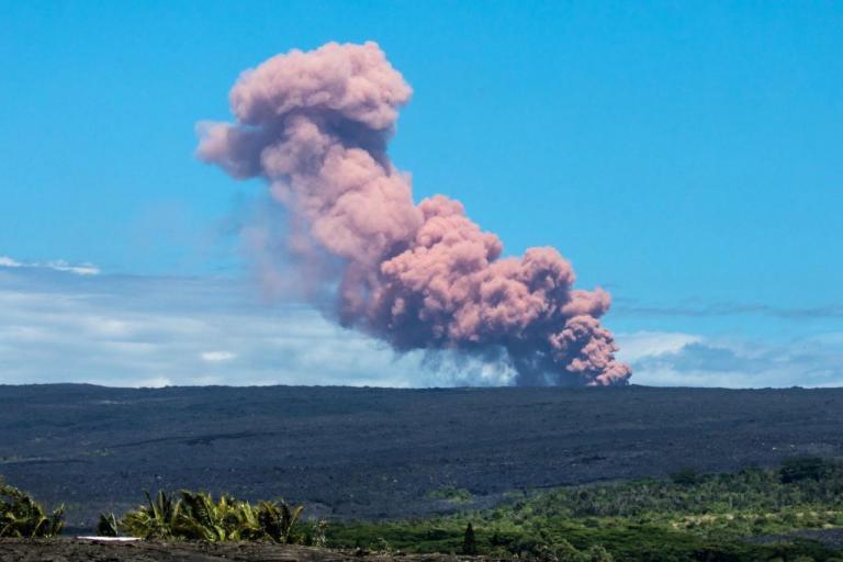 Νέες ρωγμές από το ηφαίστειο Κιλαουέα – Εκκενώνονται σπίτια στη Χαβάη