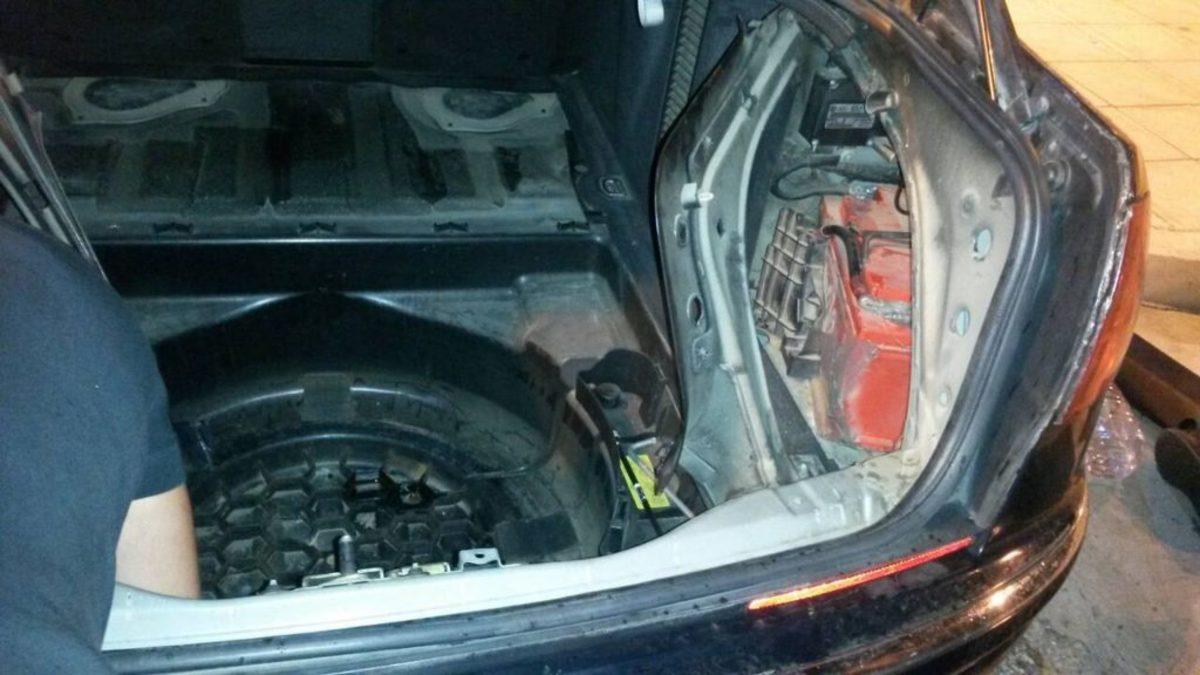Ηγουμενίτσα: Το αυτοκίνητο έκρυβε 6,5 κιλά ηρωίνη – Εκπαιδευμένος σκύλος ξεσκέπασε τις κρυψώνες [pics]