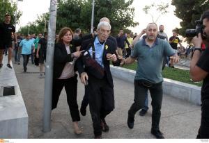 Γιάννης Μπουτάρης: Σοκ στον πολιτικό κόσμο με την επίθεση στον δήμαρχο Θεσσαλονίκης