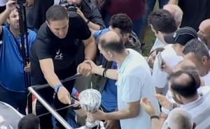 ΟΦΗ: Δάκρυσε ο Παπαδόπουλος! Το κύπελλο του πρωταθλητή στη θέση του Γκέραρντ
