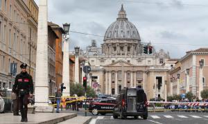 Συναγερμός για βόμβα στο Βατικανό ενώ είναι σε εξέλιξη ομιλία του Πάπα Φραγκίσκου