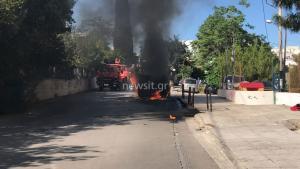 ΑΕΚ – ΠΑΟΚ: Τους κατέβασαν από το αυτοκίνητο, τους έδειραν και έβαλαν φωτιά [pics, vids]