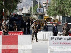 Τους 13 έφτασαν οι νεκροί από την έκρηξη στο Αφγανιστάν – Αίμα και πανικός παντού