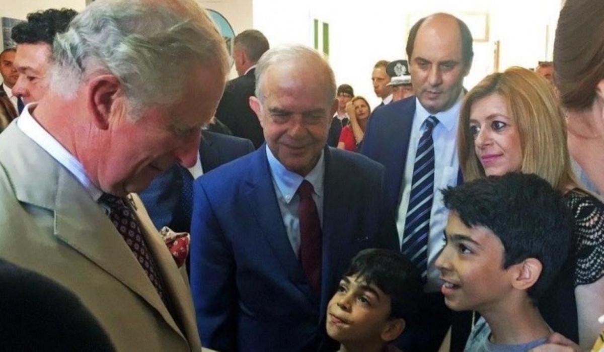 Πρίγκιπας Κάρολος: Η γνωριμία με τα προσφυγόπουλα και το συγκινητικό δώρο των παιδιών