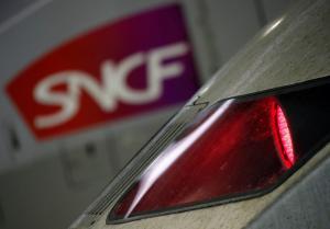 Γαλλία: Ο πρωθυπουργός συναντά τα συνδικάτα αλλά η απεργία στους σιδηροδρόμους συνεχίζεται!