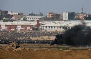 Με τα όπλα στα χέρια Ισραηλινοί και Παλαιστίνιοι