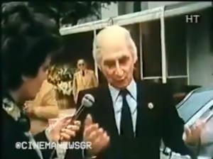 """Χάρρυ Κλυνν: Η """"κηδεία"""" του με Καραμανλή, Παπανδρέου, Ράλλη, Κύρκο! [vid]"""