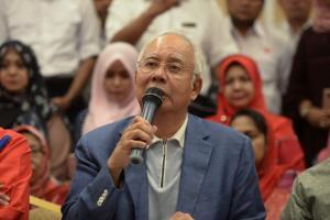 Μαλαισία: Ο πρώην πρωθυπουργός πήγε… διακοπές ενώ του είχε απαγορευθεί η έξοδος από τη χώρα!