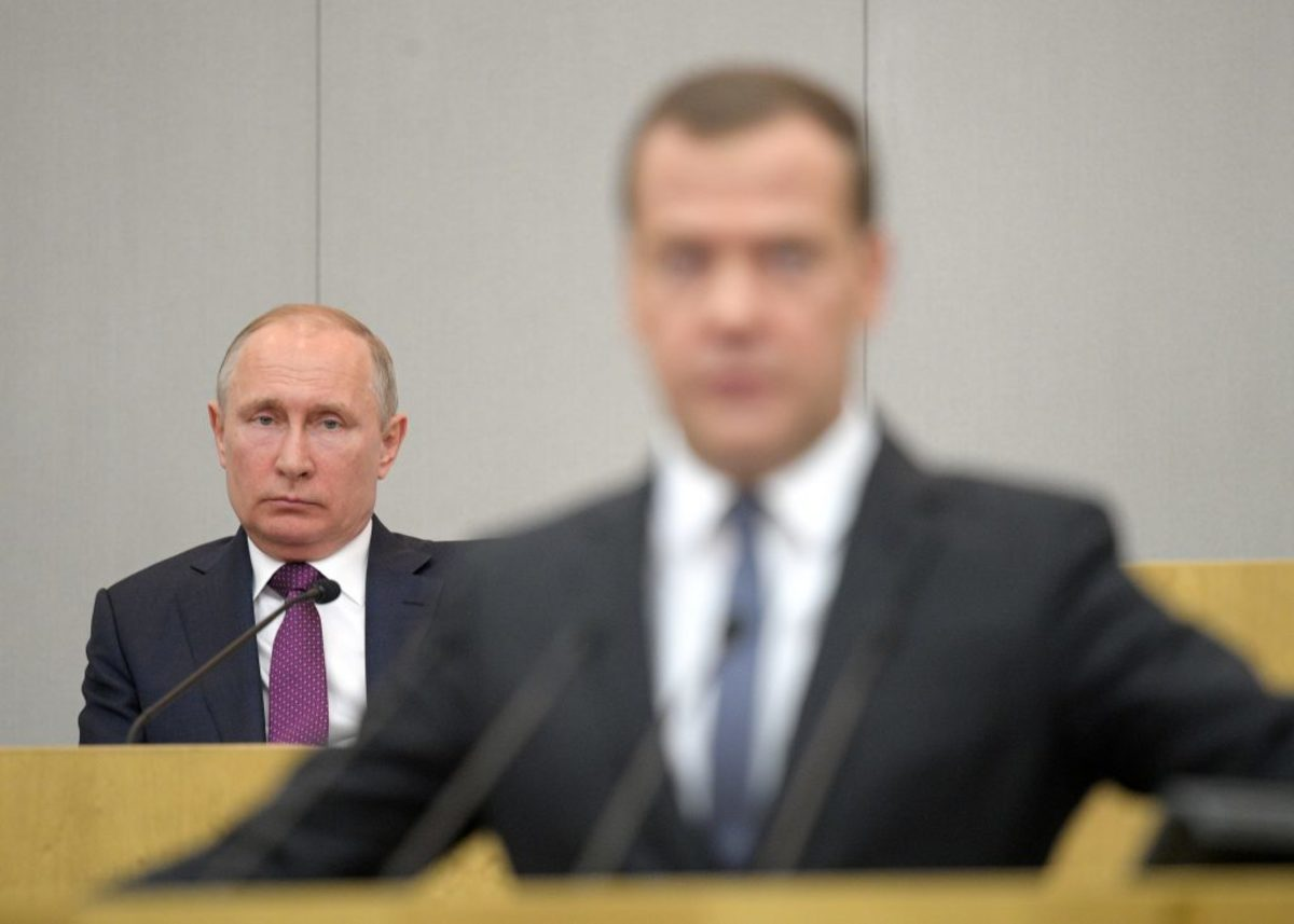Μεντβέντεφ Πούτιν