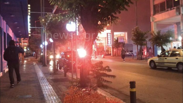 "BINTEO – ""Κόλαση"" στην πλατεία Καραϊσκάκη! Συμπλοκές οπαδών και στην μέση η αστυνομία!"