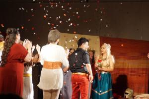 Κρήτη: Της έκανε πρόταση γάμου πάνω στη σκηνή [vid]