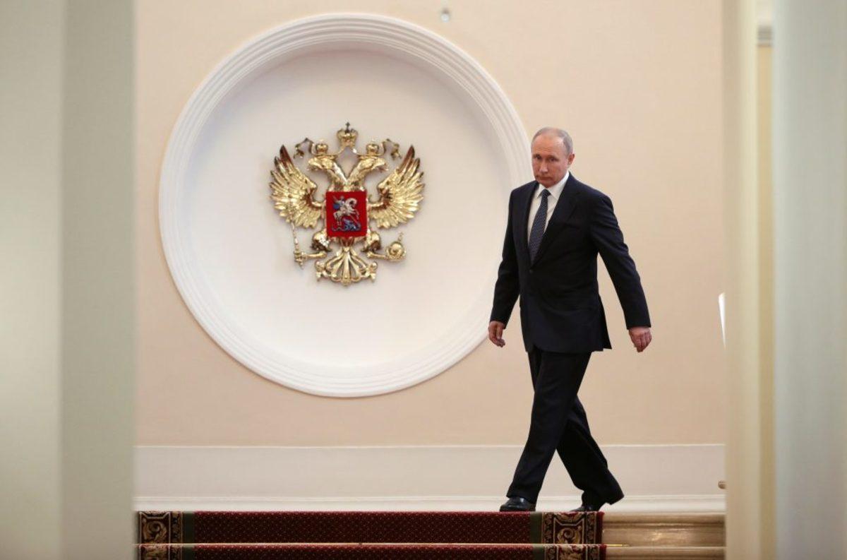 Με τη νεα του λιμουζίνα στην τελετή ορκωμοσίας ο Βλαντιμίρ Πούτιν