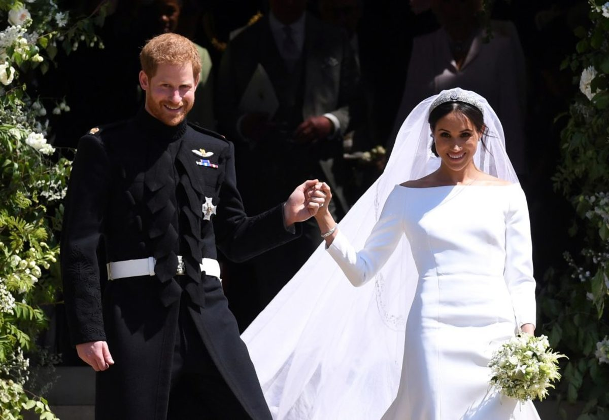 Ο πιο αντισυμβατικός πριγκιπικός γάμος! Όταν ο Χάρι παντρεύτηκε τη Μέγκαν! Τα δάκρυα του γαμπρού το υπέροχο νυφικό και οι διάσημοι καλεσμένοι