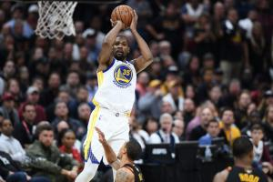 "NBA: Στην κορυφή του Top 5 η ""βόμβα"" του Ντουράντ στο Κλίβελαντ [vid]"