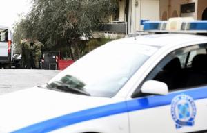 """Πάτρα: Θρίλερ με συνταξιούχο που απειλεί να αυτοκτονήσει – Ταμπουρώθηκε σπίτι του – """"Δεν ζω με αυτά τα ψίχουλα"""" [pics]"""