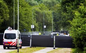 Ολλανδία: Παραδόθηκε ο οδηγός του φορτηγού που έπεσε σε θεατές συναυλίας των Pearl Jam!