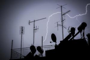 Καιρός: Κακοκαιρία σε όλη τη χώρα – Που θα χτυπήσουν οι καταιγίδες